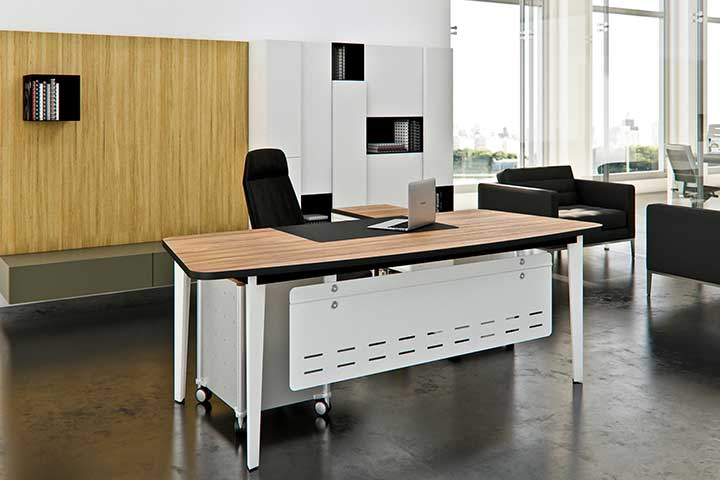 辦公桌-主管桌-客製化-黑桌腳-五角形桌腳